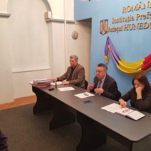 Măsuri, luate de conducerea Prefecturii Hunedoara, pentru accelerarea etapelor de punere în posesie a proprietăților