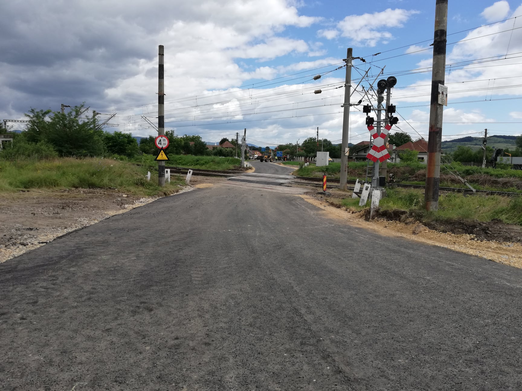 Drumul spre deponeul de la Băcia, reparat şi redeschis circulaţiei
